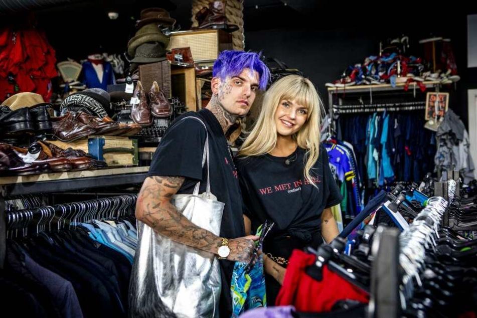 Bonnie Strange (33) und Boris Alexander Stein (32) beim Shoppen in Berlin.