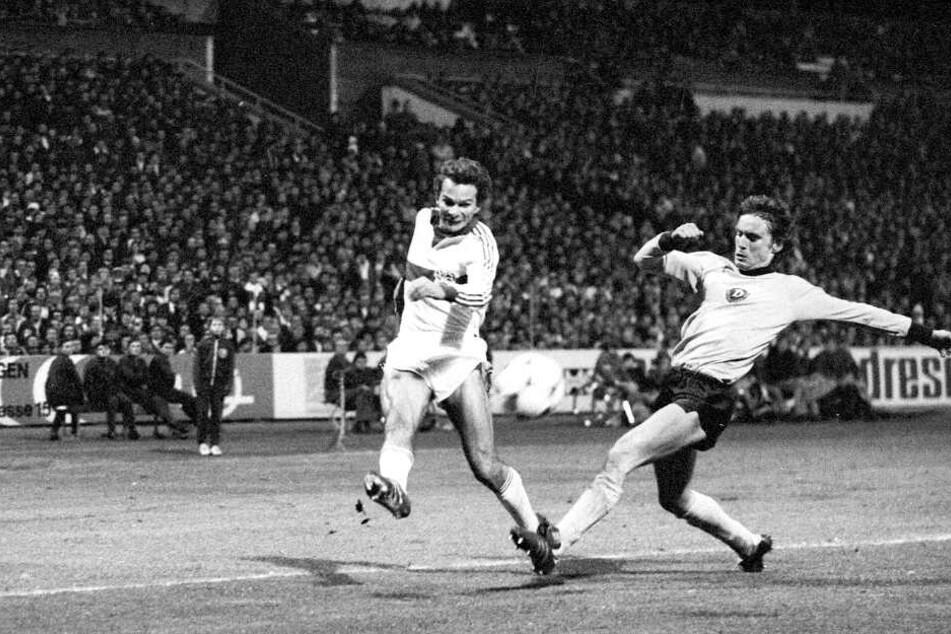 Müller (re.) war dabei, als Dynamo Dresden in der Saison 1979/80 im Europapokal gegen den VfB Stuttgart antrat.