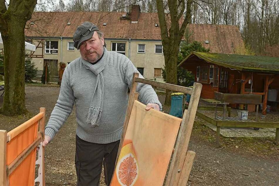 Manfred Buttke (67) betreibt die Baude seit 2011. Bisher wurde ihm nie etwas geklaut - bis jetzt.