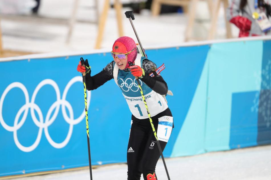 Laura Dahlmeier ging nach ihrer Goldmedaille im Sprint mit Startnummer eins in die Verfolgung.