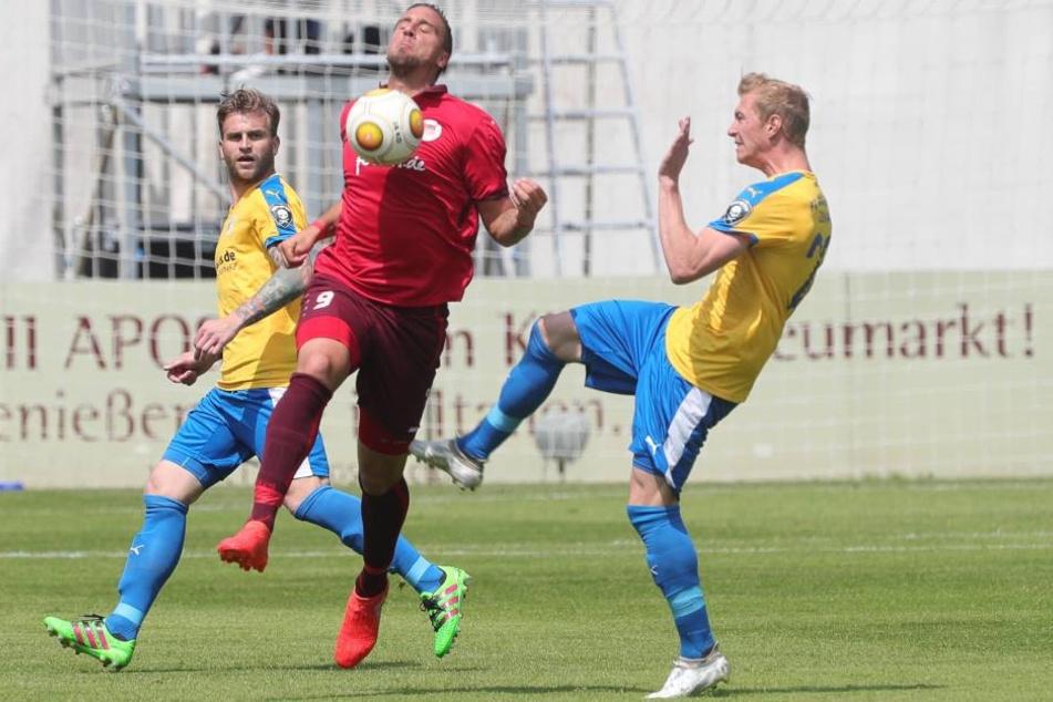 Fußball: 400 Fans randalieren nach Relegationsspiel in Jena