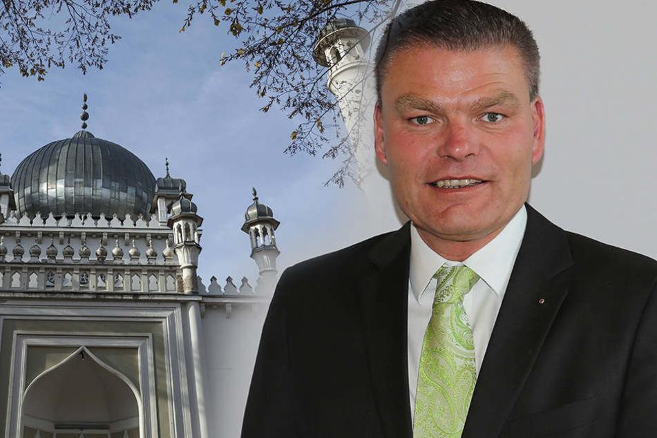"""Der CDU-Innenminister Holger Stahlknecht (51) sagte: """"Ihr dürft Moscheen bauen, aber baut sie nicht jetzt."""""""