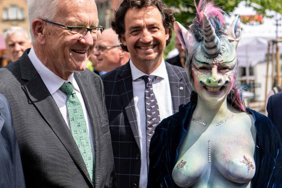 Winfried Kretschmann (links) zusammen mit Cynthia Schneider (rechts).