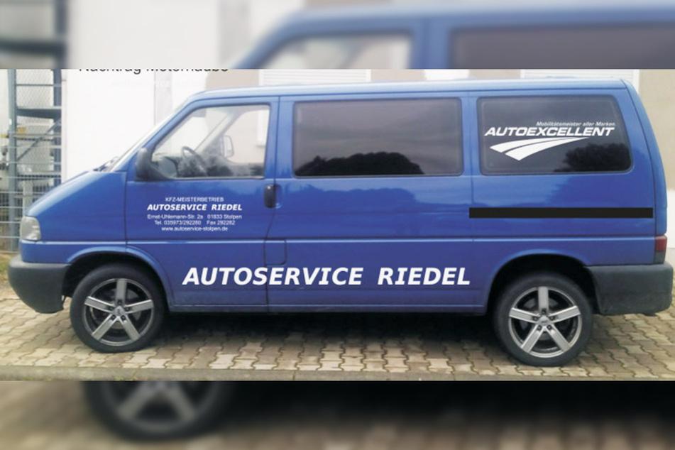 Diesen auffälligen Bus klauten die Einbrecher aus der Werkstatt von Marco Riedel (31).