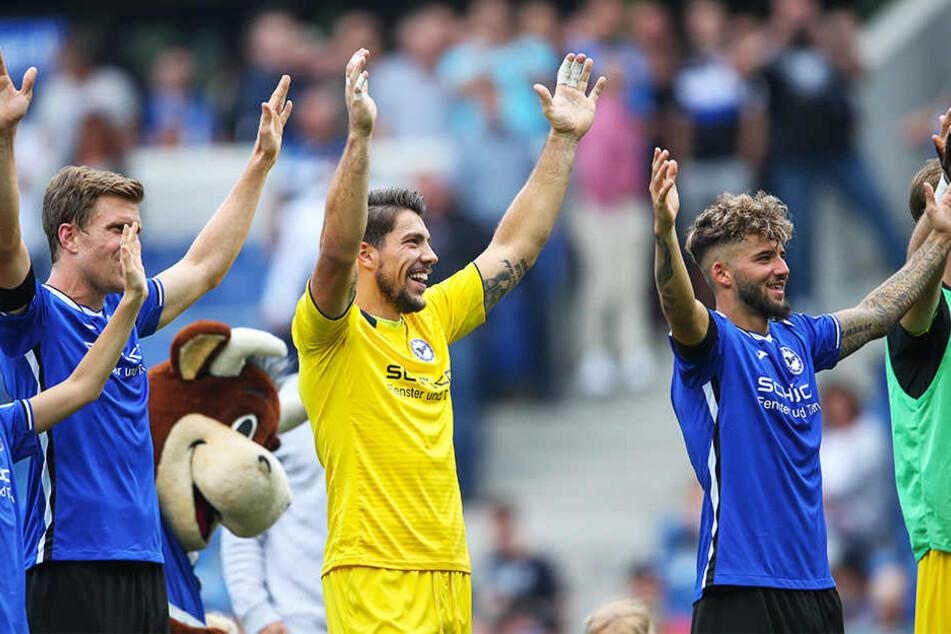 Bielefelds Spieler durften über einen verdienten 2:1-Sieg jubeln.
