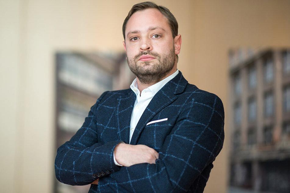 CDU-Generalsekretär Alexander Dierks (31) muss sich gerade einiges von seinem Amtsvorgänger anhören.