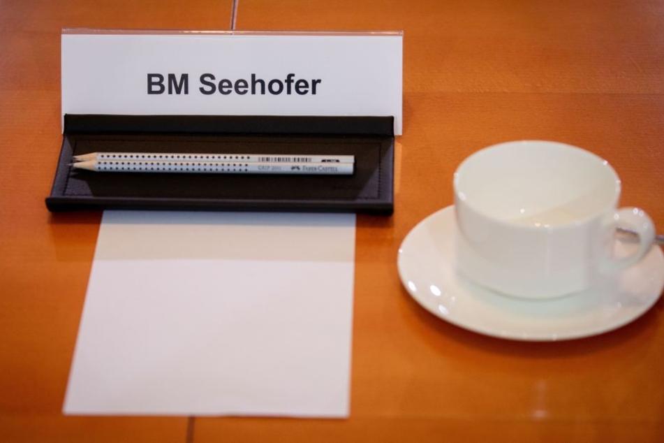 Bleibt Seehofer Bundesinnenminister?