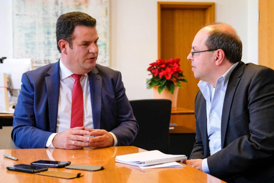 Arbeitsminister Hubertus Heil im Gespräch mit Redakteur Thomas Schmitt.