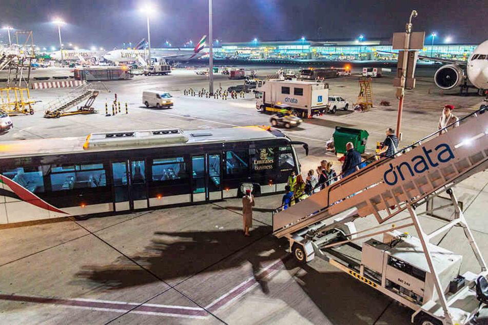 In der Nähe des Flughafens in Dubai stürzte die Maschine ab.