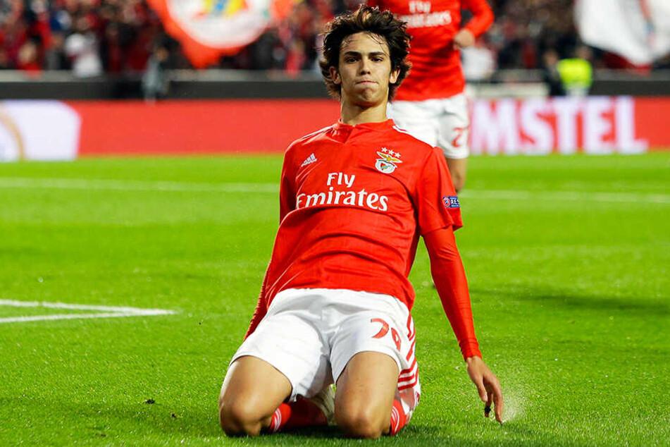 Joao Felix bejubelt seinen Treffer zum 1:0 gegen Eintracht Frankfurt im Europa-League-Viertelfinal-Hinspiel für Benfica Lissabon.