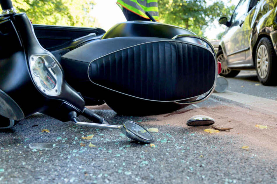 Autofahrerin übersieht Motorrad: 37-Jähriger tot!