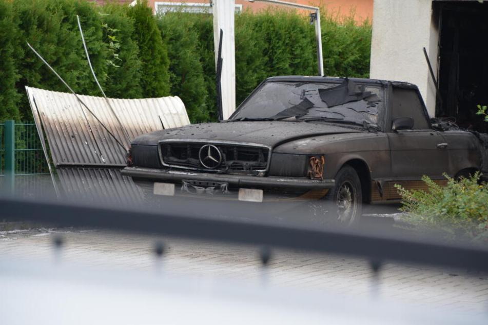 Am Mercedes entstand hoher Sachschaden.
