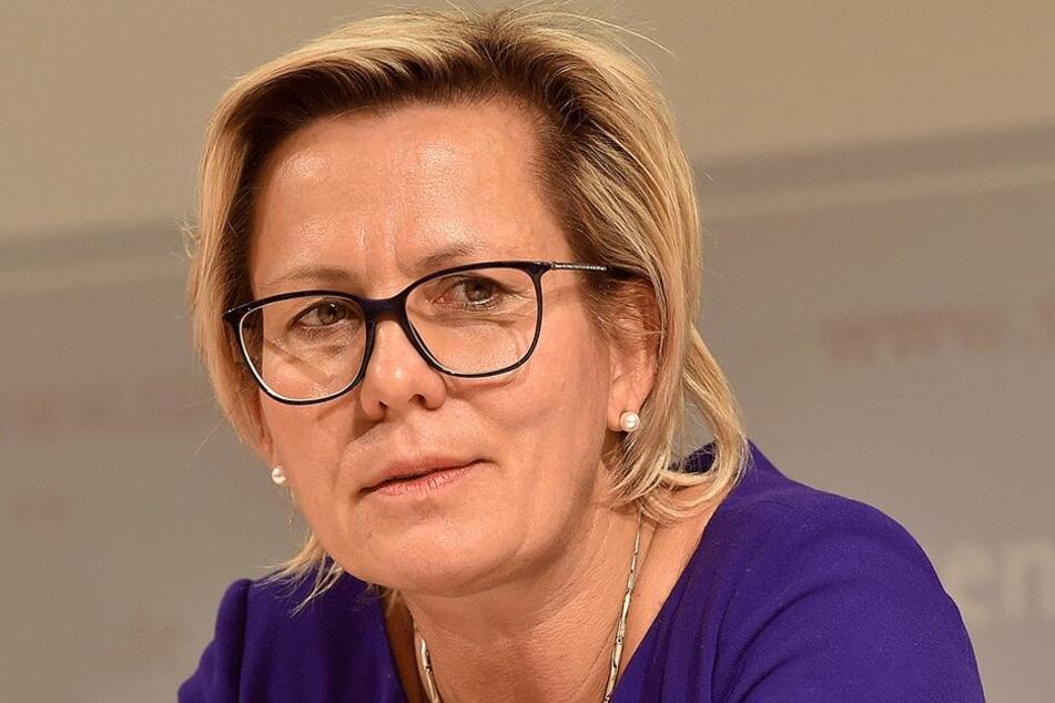 Die Lage der Menschen hat sich gebessert, findet Sozialministerin Barbara Klepsch (53, CDU).