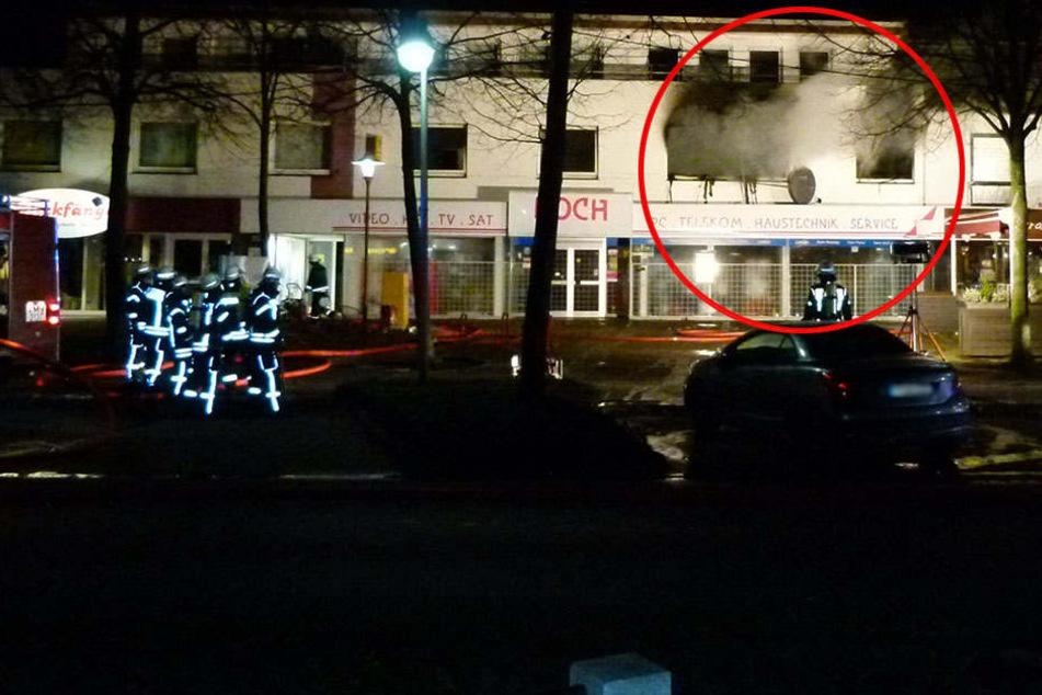Drei Schwerverletzte: Feuer zerlegt ganze Wohnung
