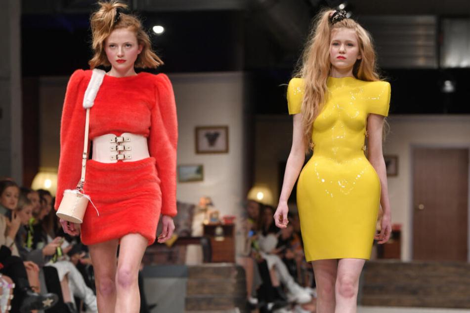 """Models präsentieren die Mode von """"Hoermanseder"""" im Berliner Modesalon in dem Vollgutlager der Alten Kindl Brauerei. (Bildcollage)"""