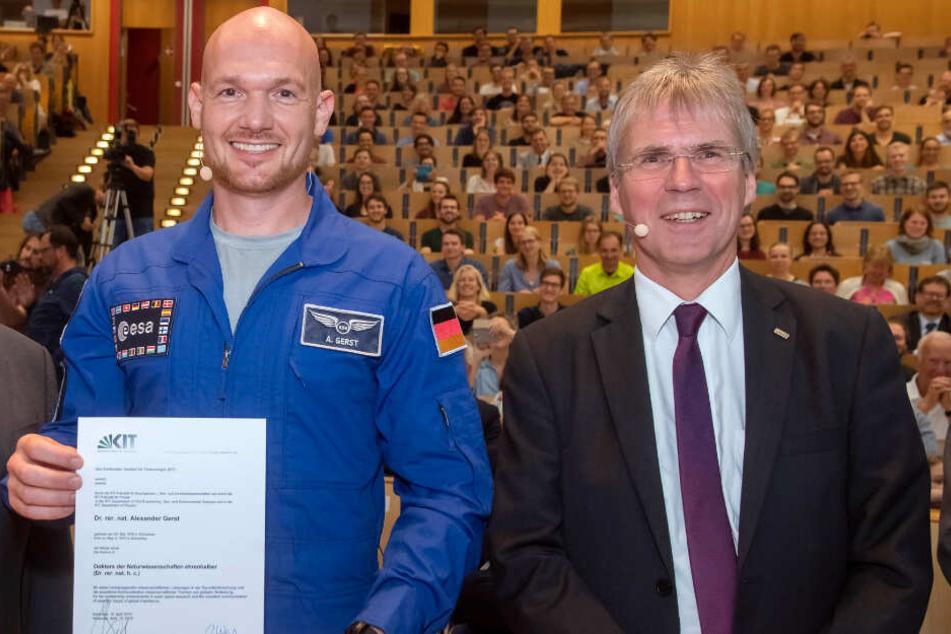 """Im Weltraum und an der Uni top: Große Ehre für unseren """"Astro-Alex"""""""