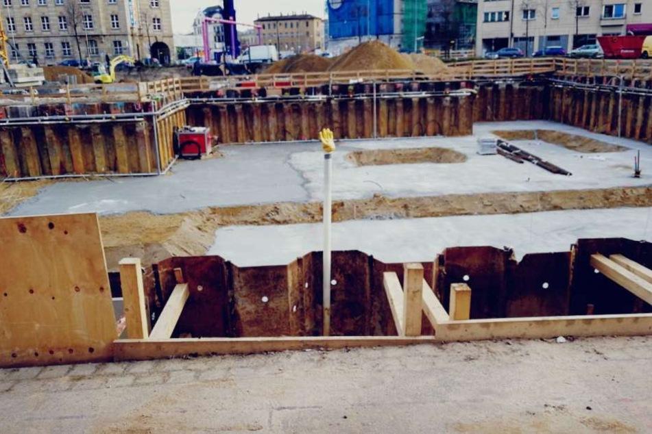 Das Fundament für die beiden Hotels mit insgesamt 530 Zimmern wird gerade gegossen.