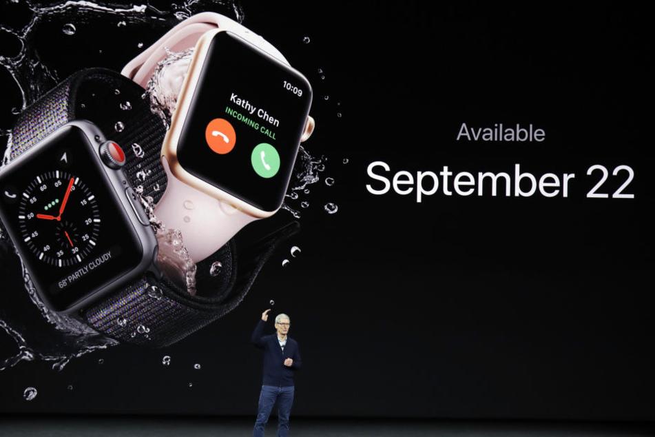 Mit der Apple Watch kann man jetzt sogar telefonieren.
