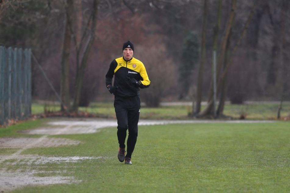 Marco Hartmann dreht auf dem Trainingsplatz einsam seine Kreise.
