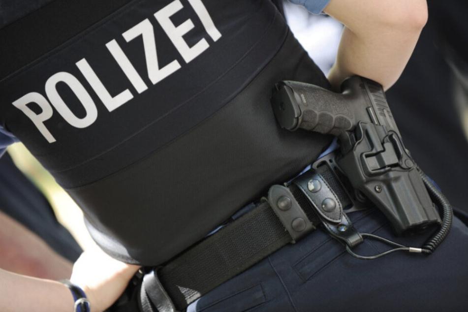 Neue Details nach Polizei-Schuss auf 43-Jährigen: Verdächtiger soll mit Kindern besetztes Auto attackiert haben
