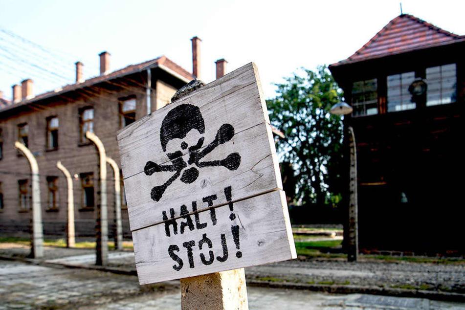 In der Gedenkstätte des Konzentrationslagers Auschwitz-Birkenau ist man über das Foto bestürzt.
