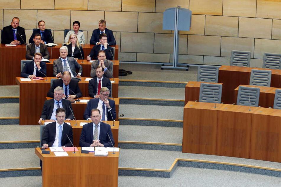 AfD-Fraktion im NRW-Landtag fällt am häufigsten negativ auf