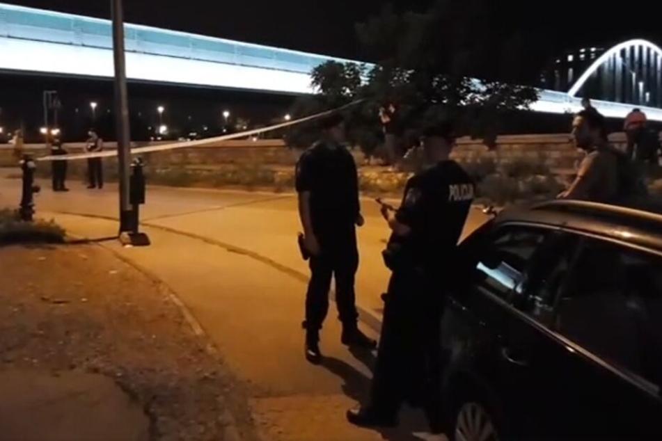 Die Polizei in Zagreb hat die Straße gesperrt. Der Täter ist noch nicht gefasst