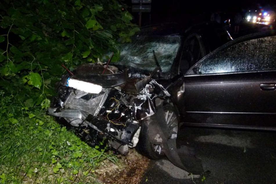 Der Audifahrer kam nach dem Crash ins JWK nach Minden.