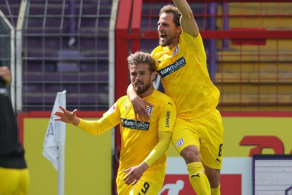 Der VfL Osnabrück liegt aktuell mit 2:1 gegen den HSV vorne.
