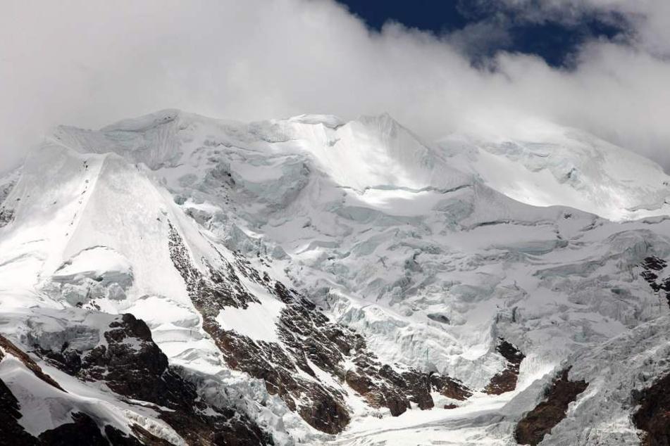 Ein 29-jähriger Deutscher ist in Bolivien beim Aufstieg zum Illimani gestorben.