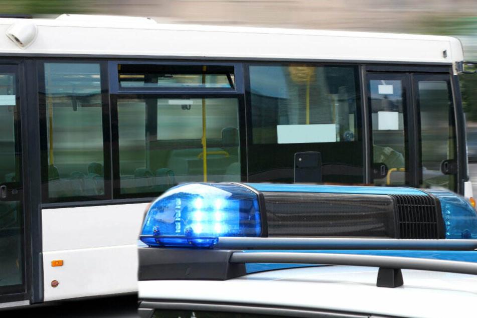 Nach Sturz einer Fünfjährigen aus dem Bus: Polizei ermittelt gegen Fahrer