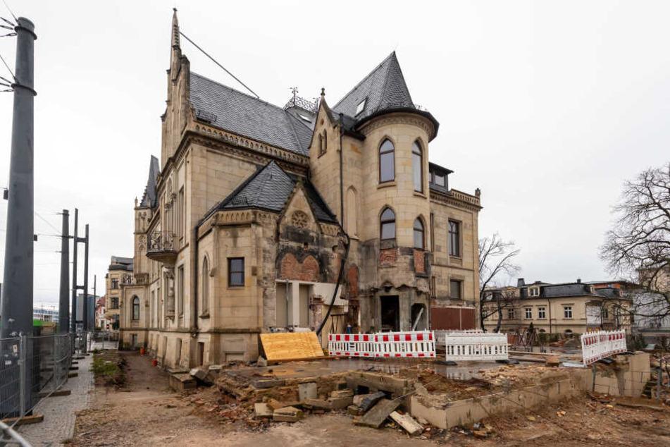 An der Bahnhofstraße wird die Villa Zimmermann derzeit zum Bürohaus umgebaut.