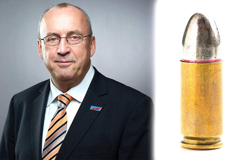 Nach seinem Parteiaustritt flog Frank-Frieder Forberg (F.o.) aus der AfD-Fraktion, die dadurch ihren Fraktionsstatus verliert. Eine solche Pistolenpatrone (rechts, Kaliber 9mm) fand sich im Briefkasten der Zwickauer AfD-Fraktion.