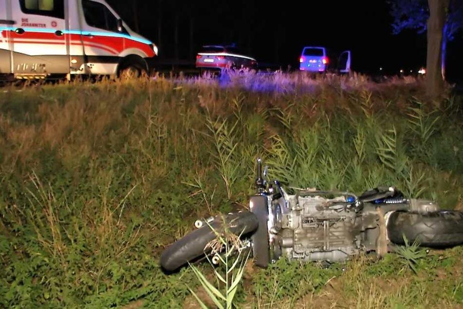 Biker wird 60 Meter von Transporter mitgeschleift und schwer verletzt