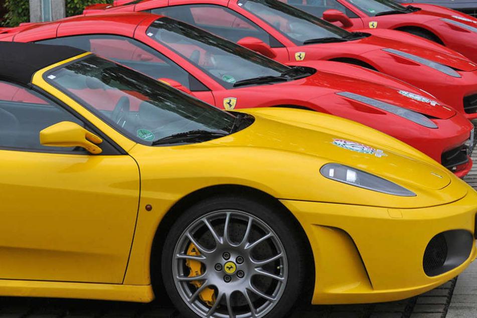 Beschlagnahmte Sportwagen und Luxuskarossen können demnächst in Berlin ersteigert werden. (Symbolbild)