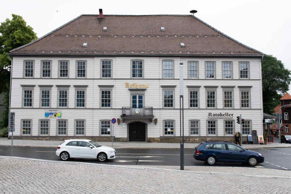 Bis auf weiteres kann das historische Rathaus von Clausthal-Zellerfeld im Oberharz nicht mehr genutzt werden.