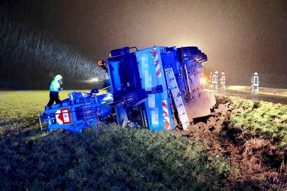 Der Unfall soll durch ein Ausweichmanöver zustande gekommen sein.