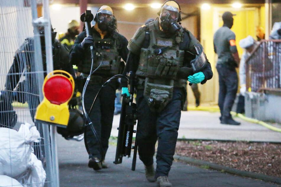 Die Polizei hatte die Wohnung des Rizin-Bombers durchsucht.