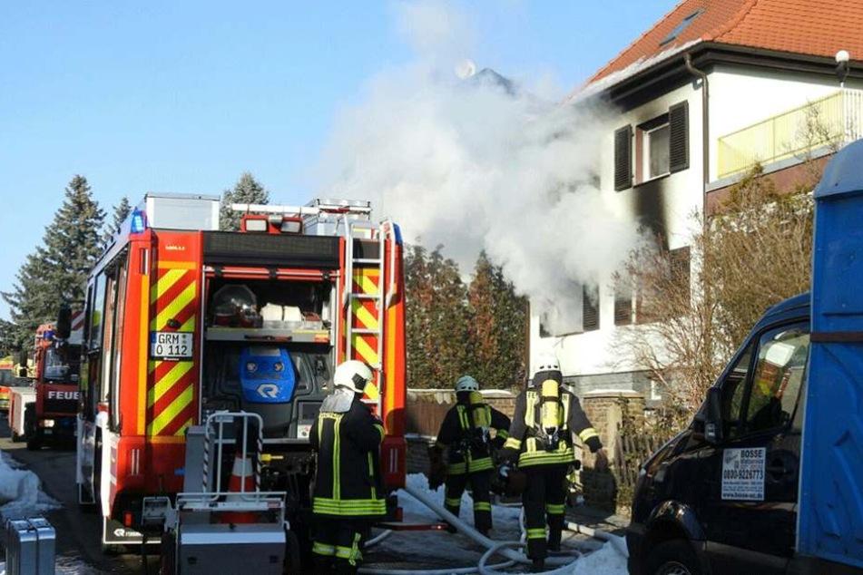 Bei dem Brand auf der Lessingstraße in Grimma wurden sechs Menschen verletzt.