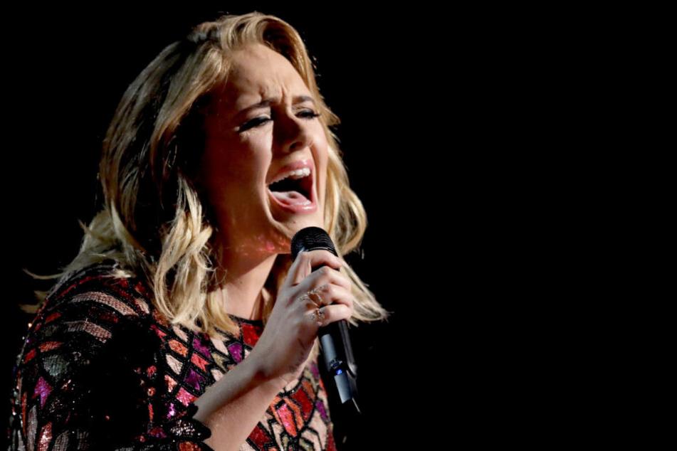 Adele (31) singt bei der Grammy-Verleihung (Archivbild).