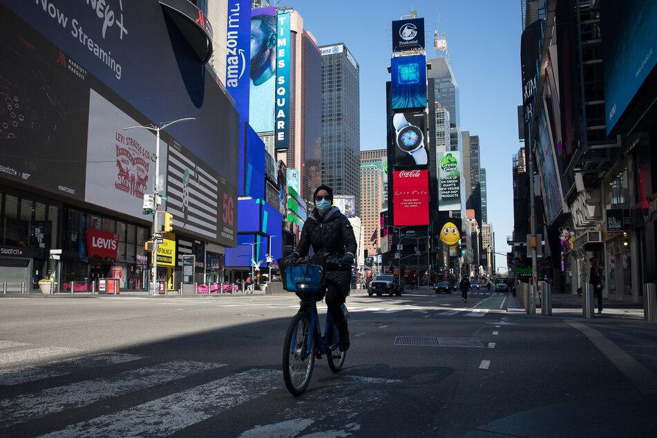 Am New Yorker Times Square soll schon bald eine Anzeigentafel von McDonald's zu sehen sein, welche für die Corona-Schutzimpfung wirbt.