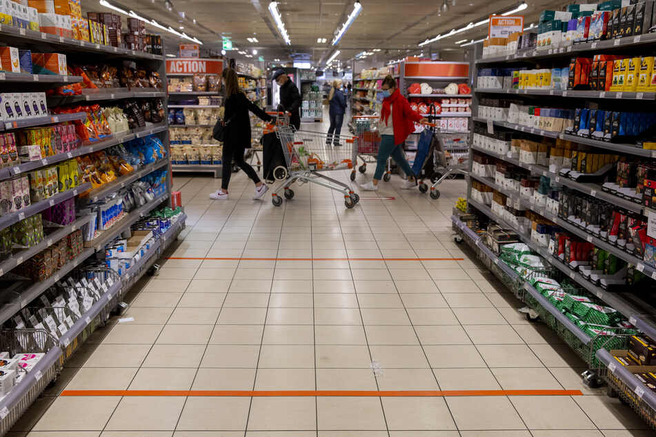 Das Reizgas trat in einem Supermarkt aus. (Symbolbild)
