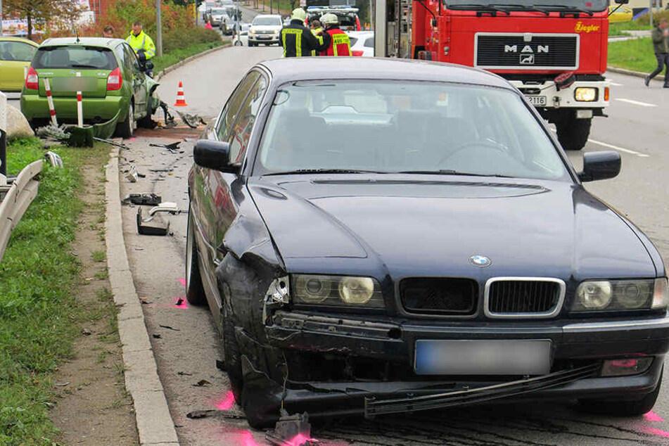 Der Unfall führte zu Verkehrsbehinderungen auf der Lößnitzer Straße.