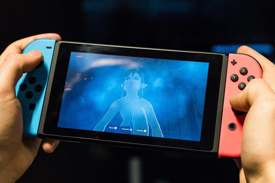 Auf der Buchmesse können sich Konsolen-Fans an neuen Spielen auf der Nintendo Switch ausprobieren.