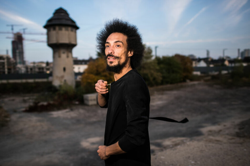 """Designer Radames Eger wurde in Brasilien geboren und wuchs in einer sogenannten """"Favela"""" auf."""