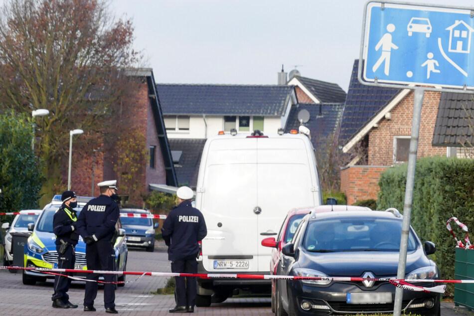 Polizei findet drei Leichen in Wohnung: Nun ermittelt die Mordkommission