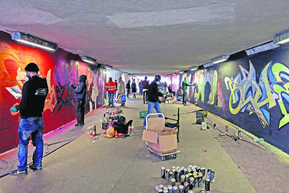 Zwei Tage wuselten die Graffiti-Künstler im Fußgängertunnel.