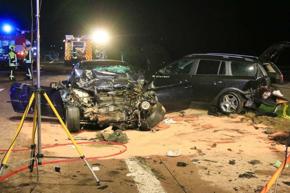 Nächster Horror-Unfall! Zwei Menschen sterben bei Massencrash auf A71
