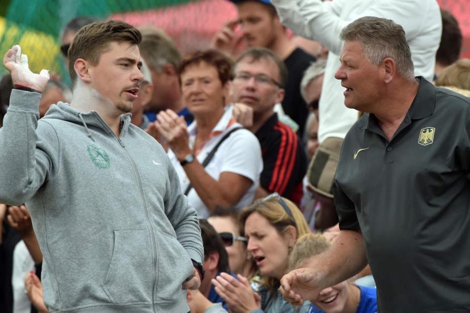 Kugelstoß-Weltmeister David Storl (l.) hat sich von seinem Trainer Sven Lang getrennt.