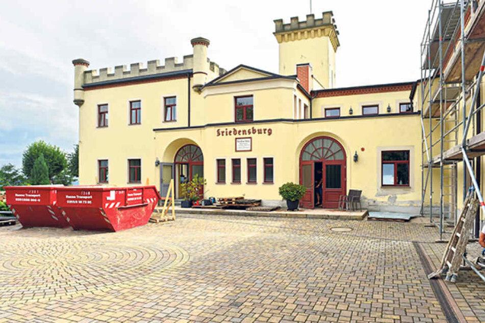 Die Friedensburg von Radebeul ist ein Zankapfel für Eigentümer und Stadt.